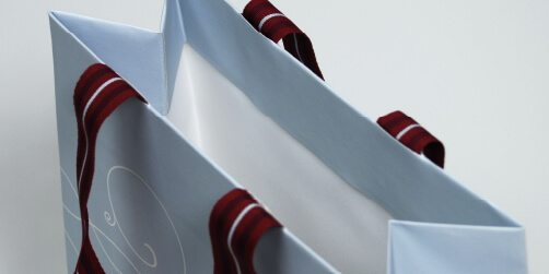 exkusive-papiertragetasche-taschen