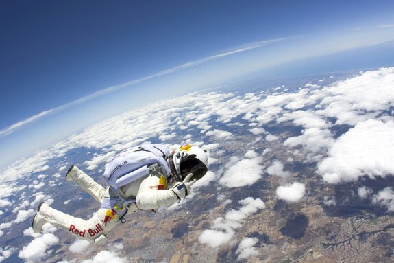 Red-Bull-Stratos-Event-sensation-marketing-guerilla-werbung