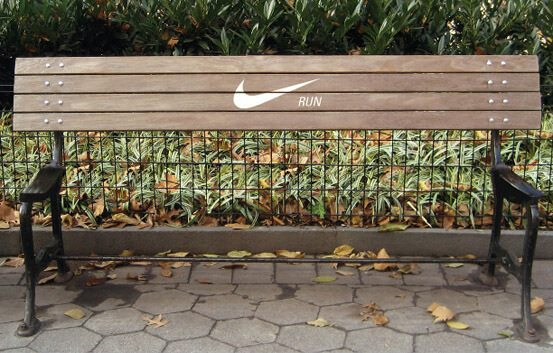 GuerillaMarketing-NIKE-Run-gemeine-BTL-Werbung