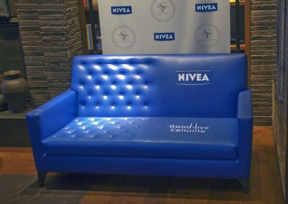 GuerillaMarketing-sofa-nivea