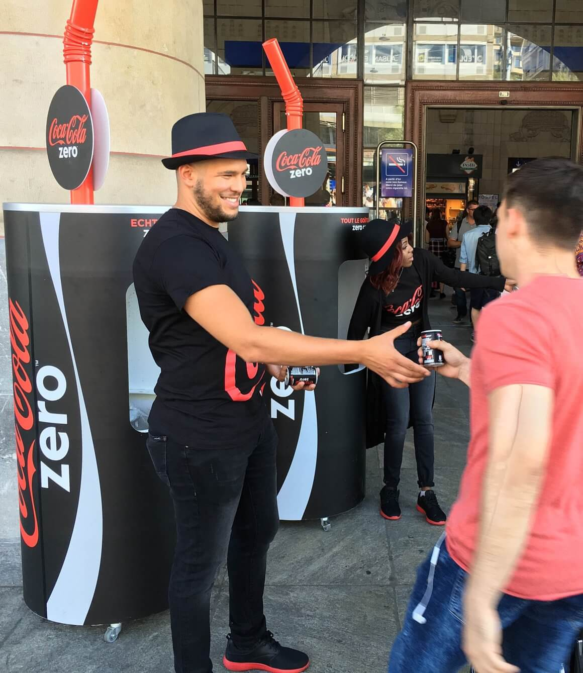 Promotionagentur-coca-cola-sampling