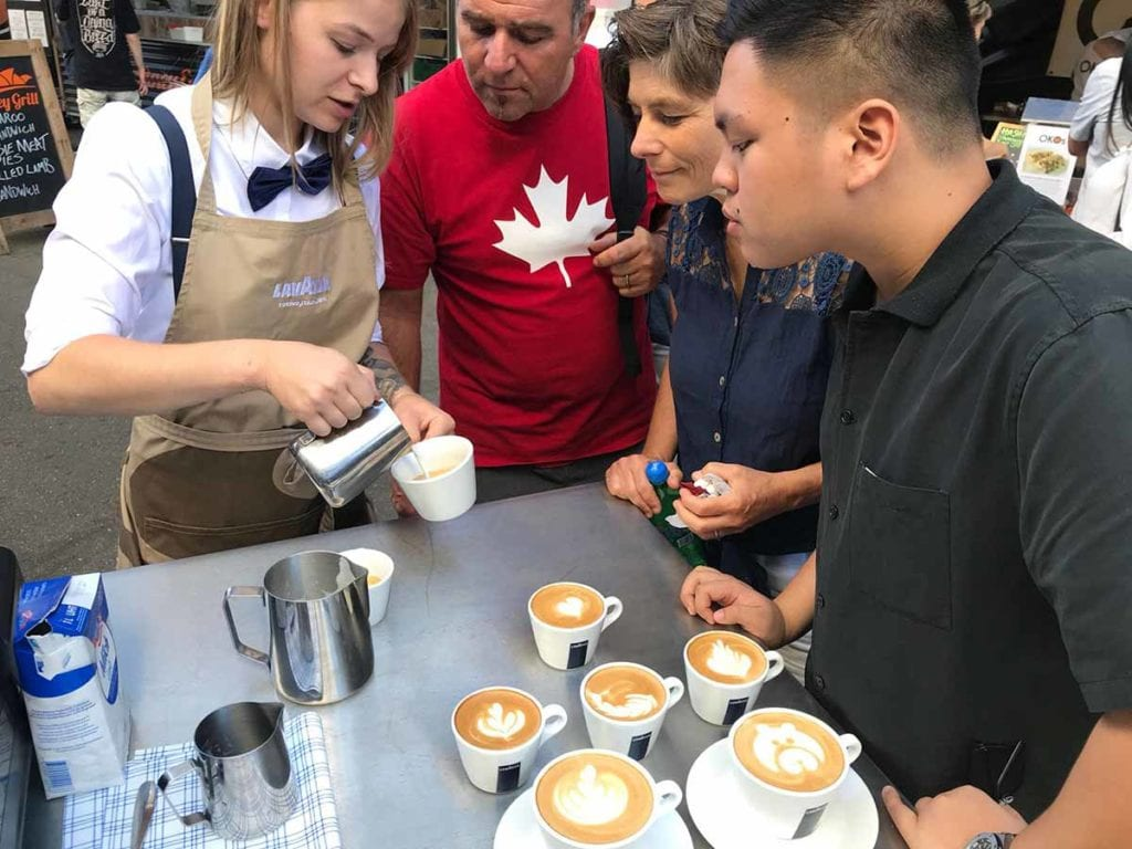Lavazza-Promotionsagentur-USP-Kaffeeausschenken