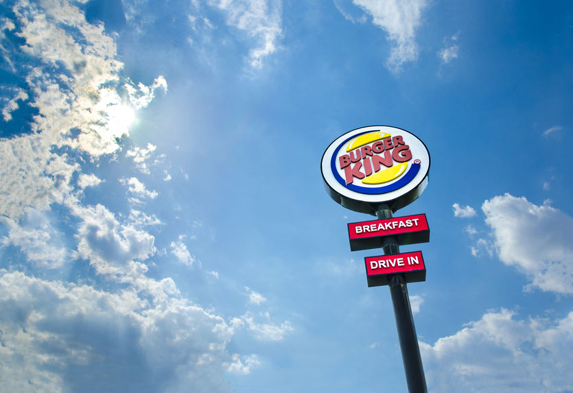 guerillia marketing burger king twitter genial